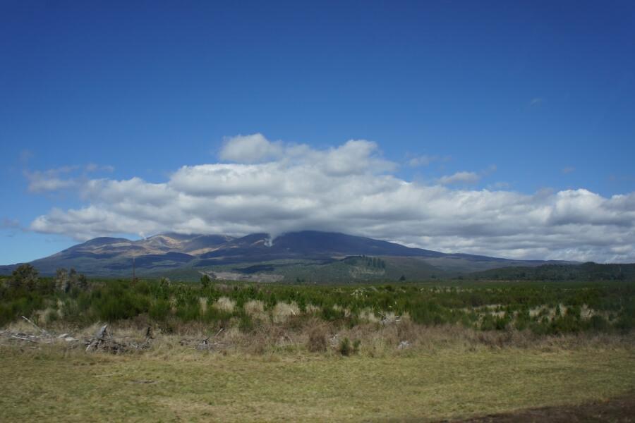 gunung di tongariro