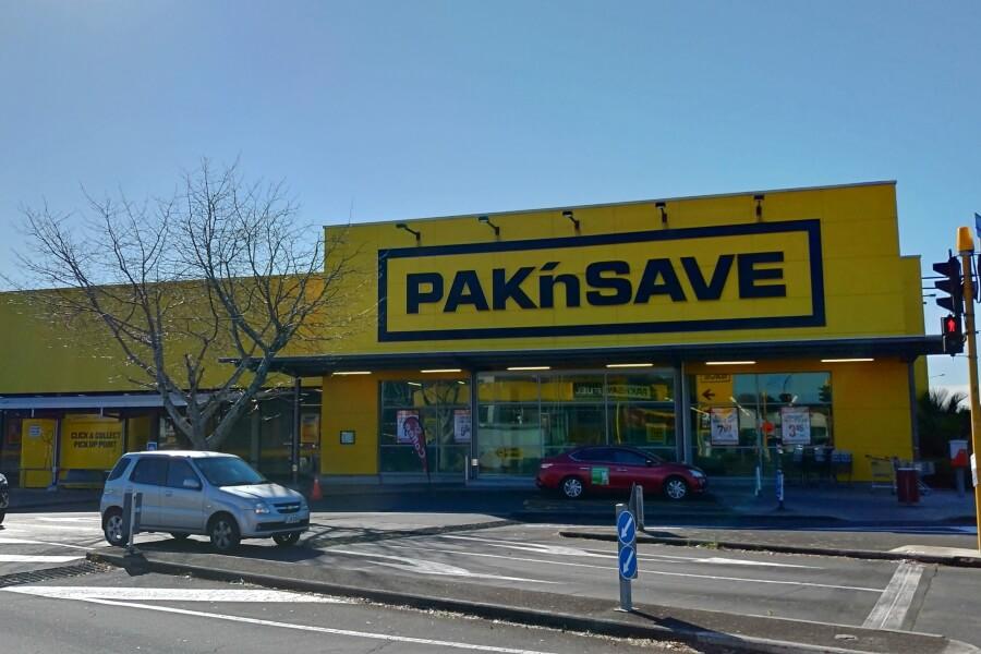 Pak 'n Save Supermarket