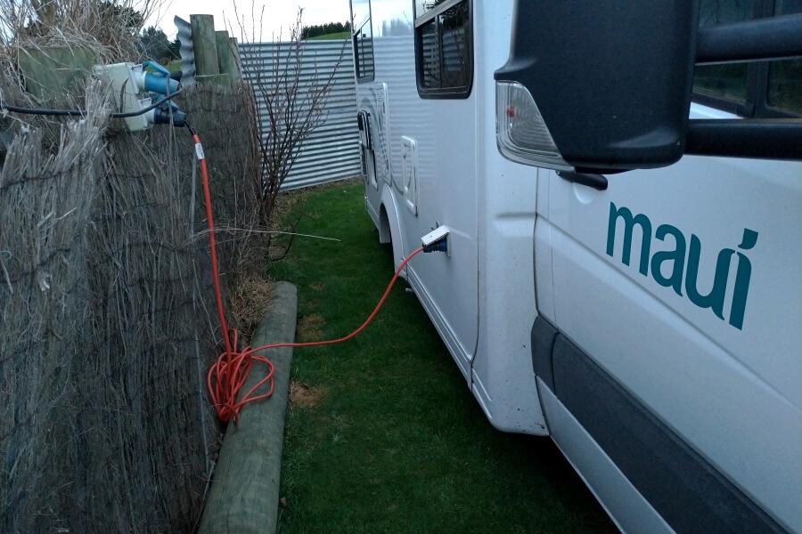 listrik di campervan
