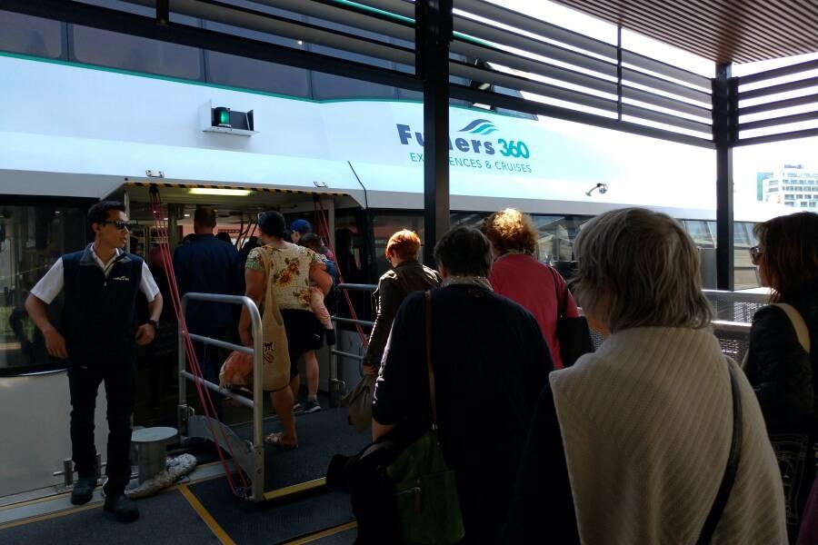 naik ferry di auckland
