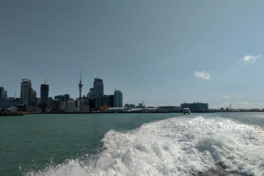 pemandangan dari ferry auckland