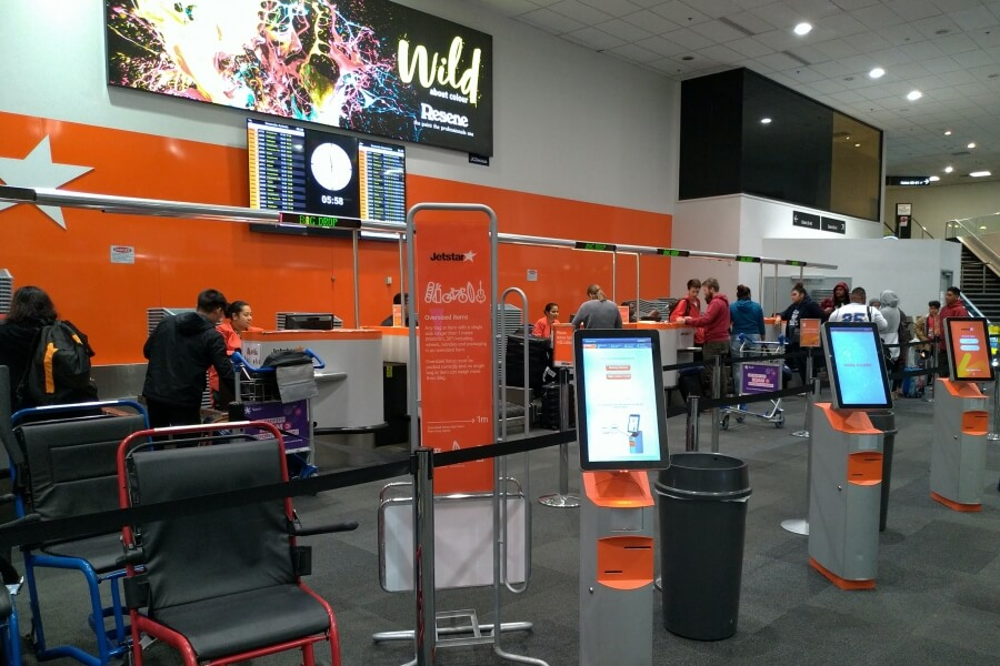 jetstar auckland airport