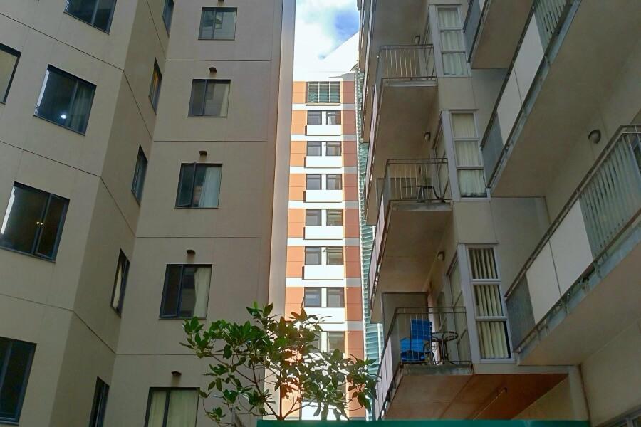 view dari jendela apartemen