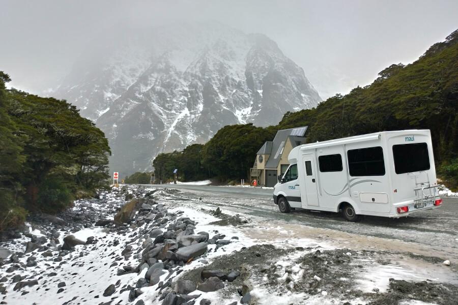 pegunungan salju milford sound