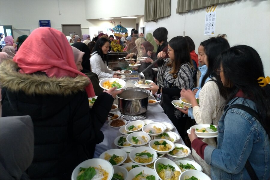 Mari menyantap hidangan Idul Adha